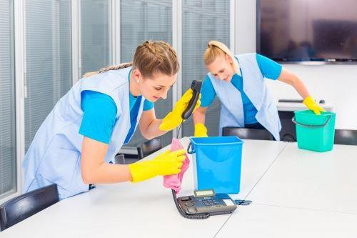 【¥1,137/Umeda(OsakaMetro)】building janitorial work at Osaka